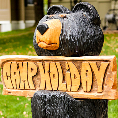 Camp Holiday Bear Sign