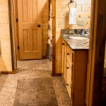 Northwoods Private Vacation Home upper level bathroom