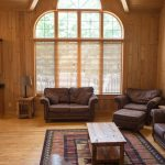 Northwoods Private Vacation Home main level Livingroom