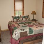 Eagle trail upper level Queen bedroom